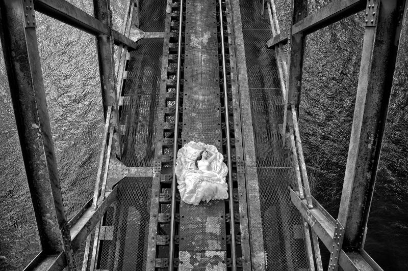 Hochzeitsfotografie-Blume_Trash-the-Dress